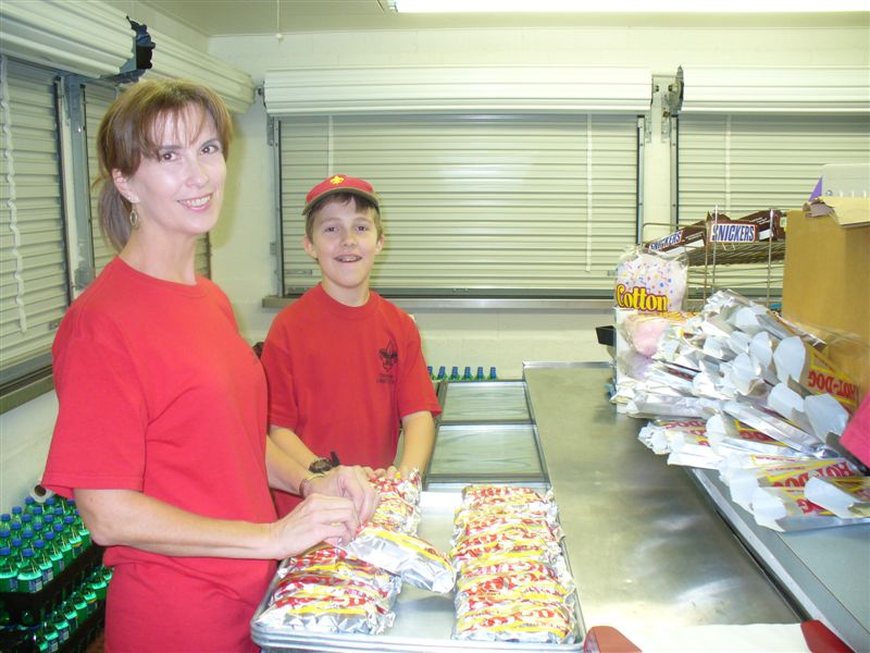 Lions-Concession-Stand-9-3-09-006a.jpg