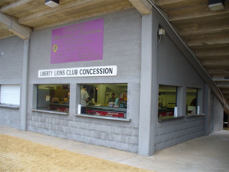 Lions-Concession-Stand-9-3-09-013.jpg