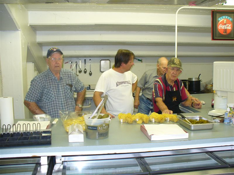 Lions-Concession-Stand-9-3-09-014.jpg